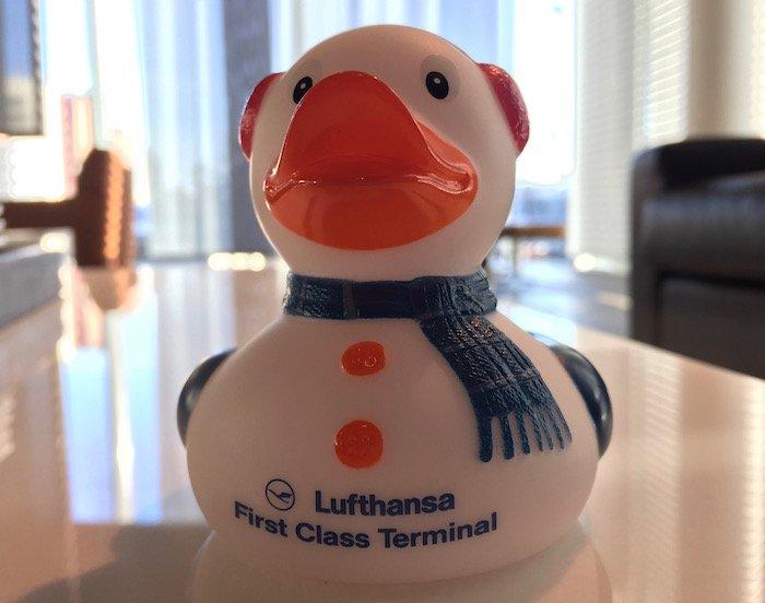 lufthansa-first-class-terminal-31