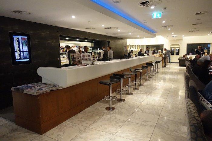 no1-lounge-heathrow-terminal-3-14