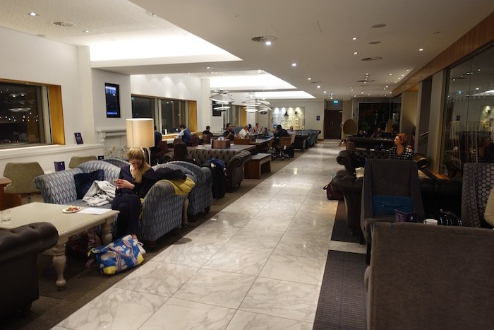 no1-lounge-heathrow-terminal-3-16