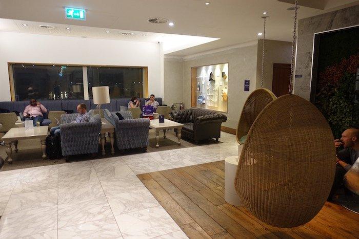 no1-lounge-heathrow-terminal-3-19