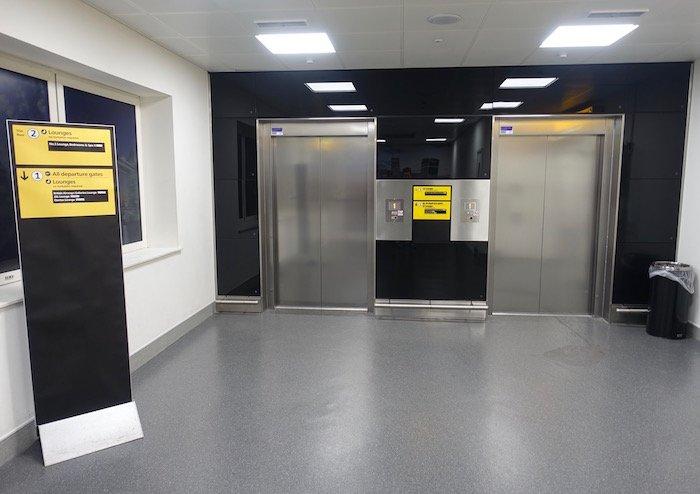 no1-lounge-heathrow-terminal-3-9