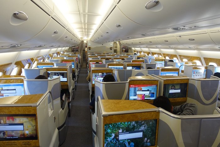 emirates-business-class-a380-26