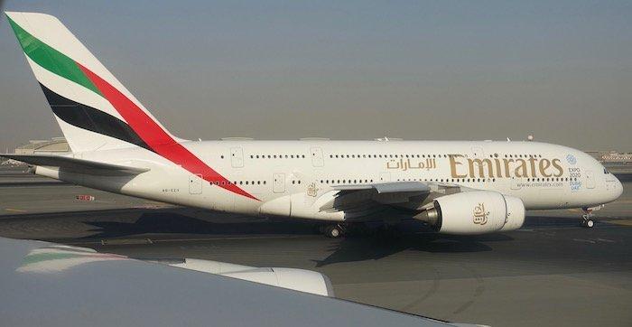 emirates-business-class-a380-34