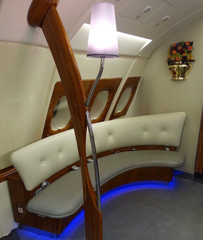 emirates-business-class-a380-67