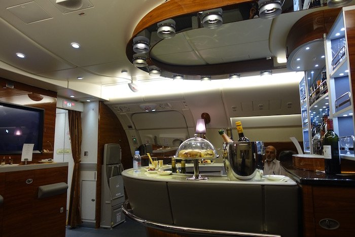 emirates-business-class-a380-69