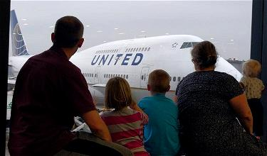 United Schedules Final 747 Flights