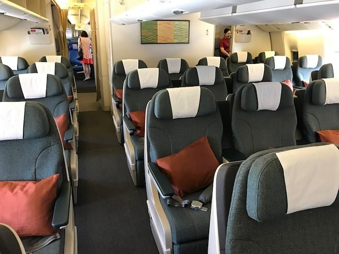 Cathay-Pacific-777-Business-Class - 2