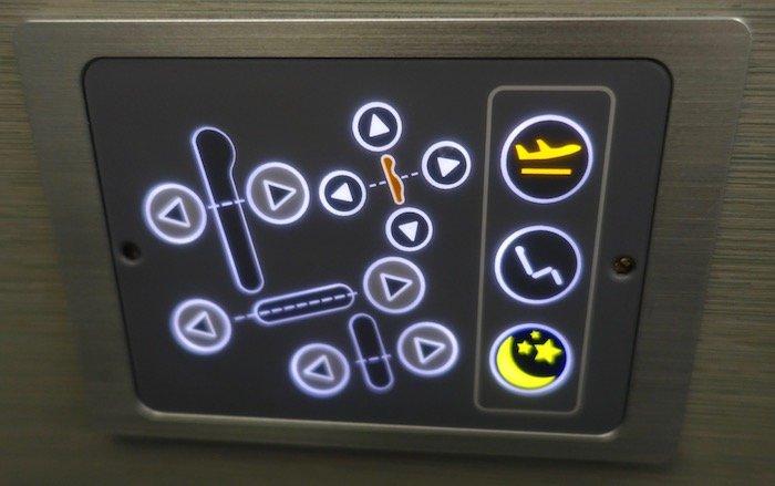 EVA-Air-Business-Class-777 - 12