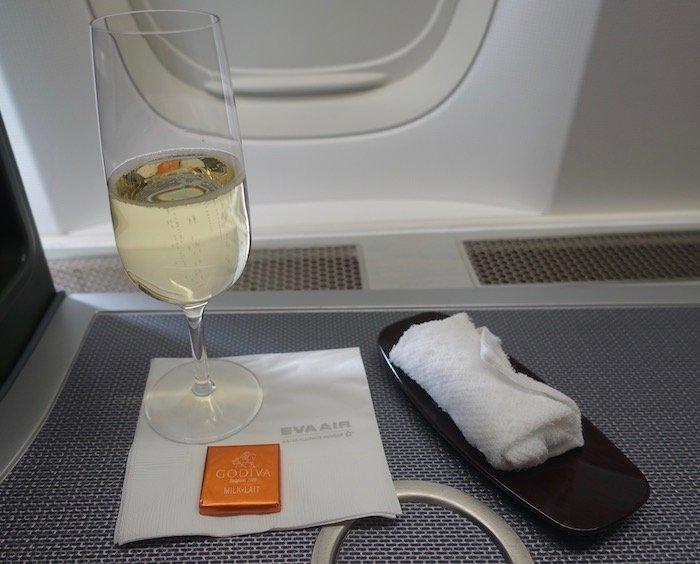EVA-Air-Business-Class-777 - 15