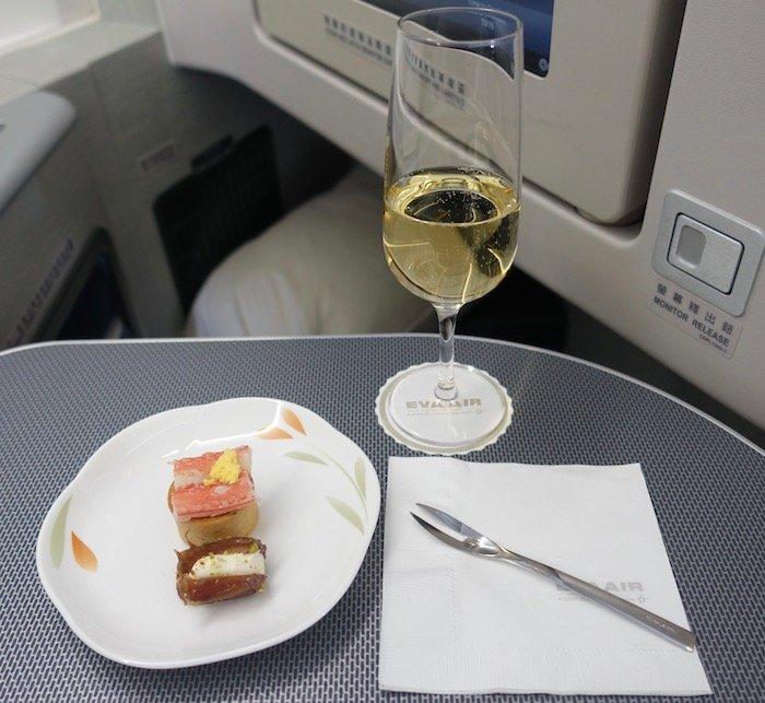 EVA-Air-Business-Class-777 - 55