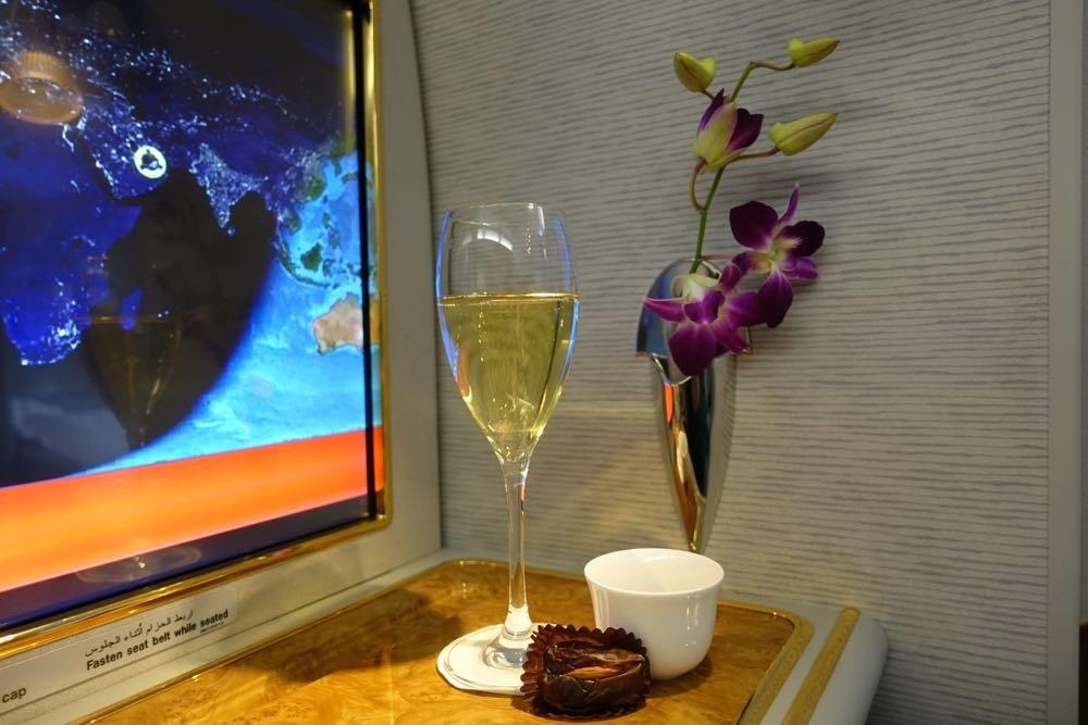 Emirates-A380-SFO-DXB-07