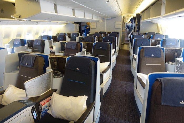 KLM-Business-Class-777 - 4