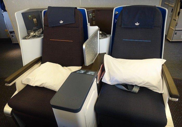 KLM-Business-Class-777 - 6