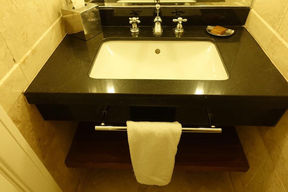 Grand-Hyatt-Amman-Suite-05