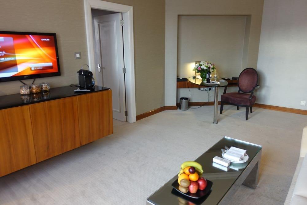 Grand-Hyatt-Amman-Suite-09