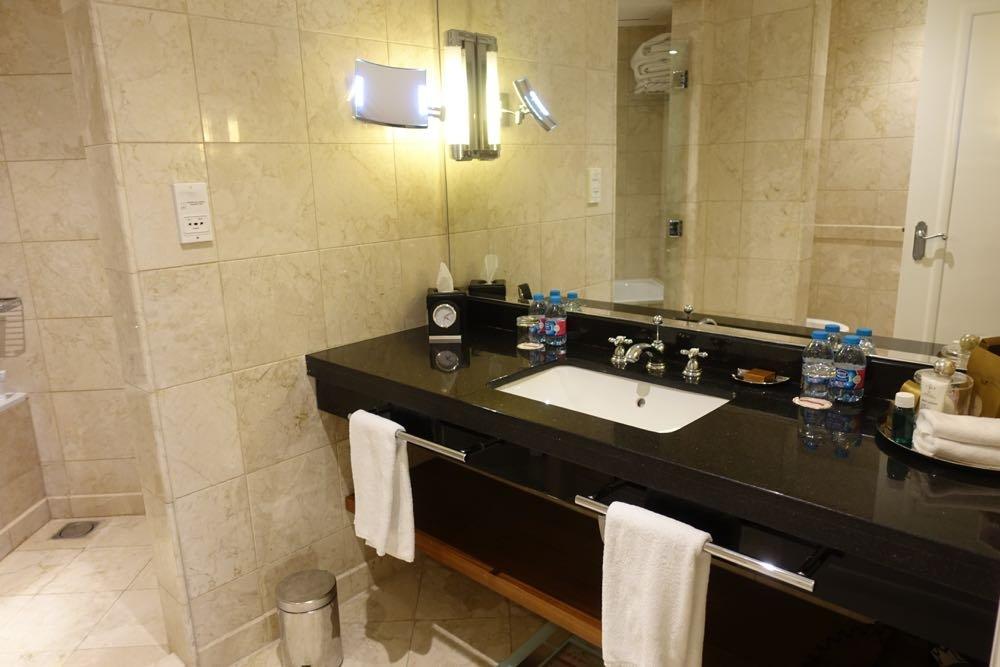 Grand-Hyatt-Amman-Suite-24