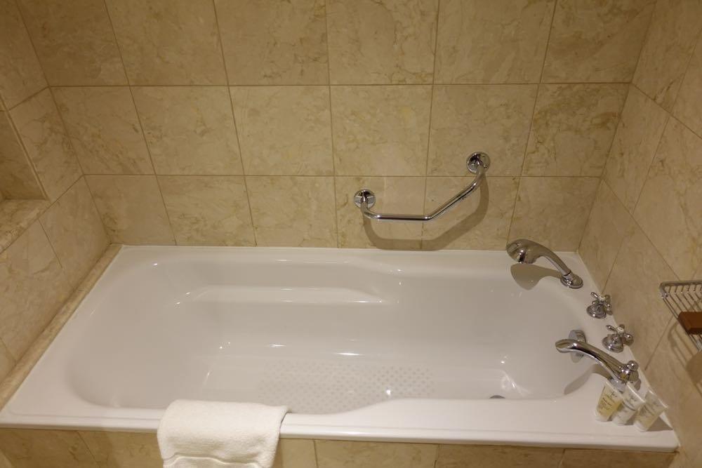 Grand-Hyatt-Amman-Suite-29