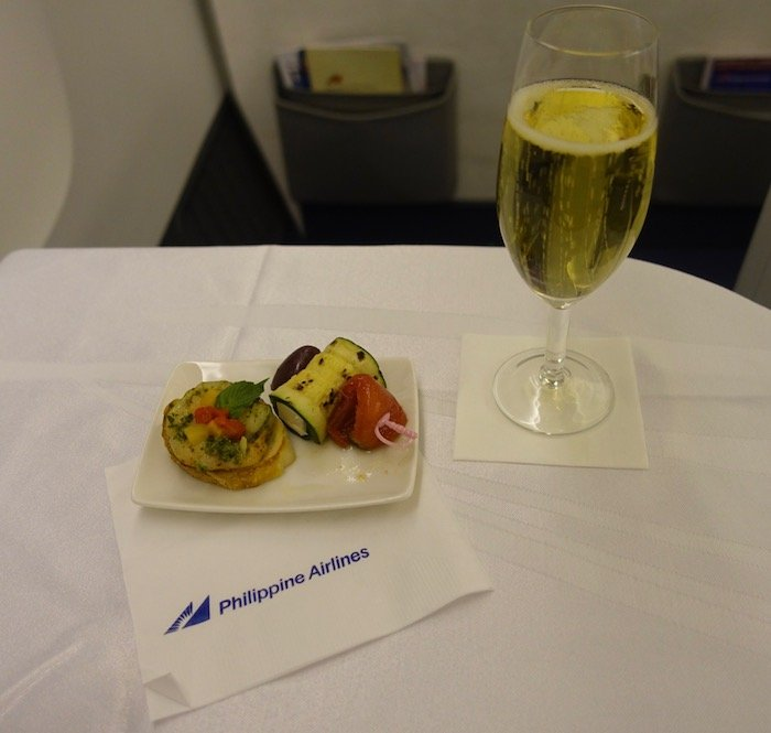 Philippine-Airlines-Business-Class-777 - 35