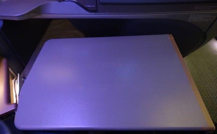 Singapore-777-Business-Class - 15