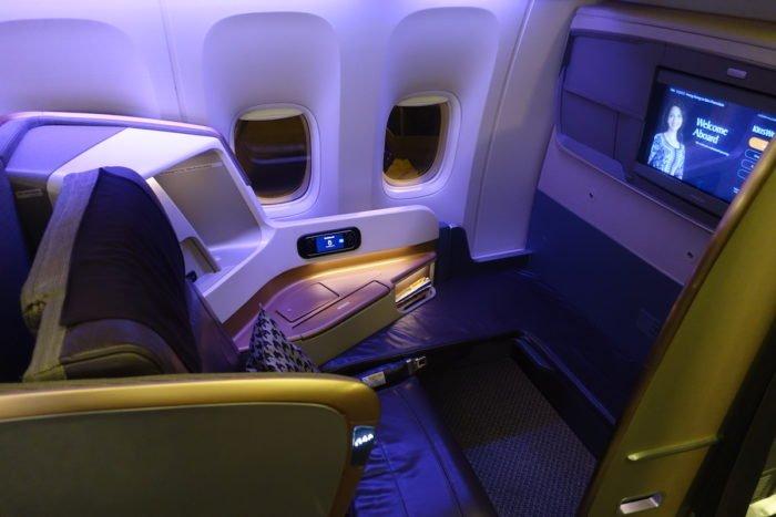 Singapore-777-Business-Class - 3