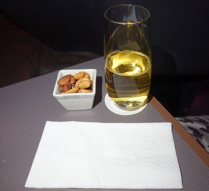 Singapore-777-Business-Class - 43