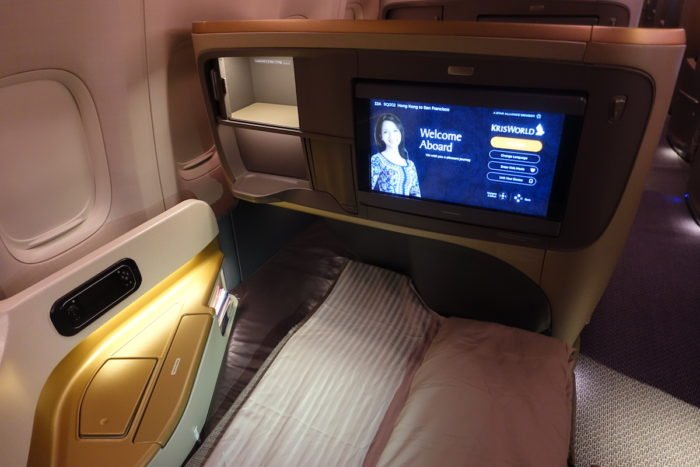 Singapore-777-Business-Class - 52