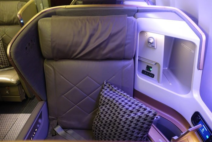 Singapore-777-Business-Class - 6