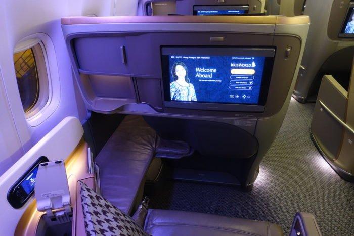 Singapore-777-Business-Class - 7