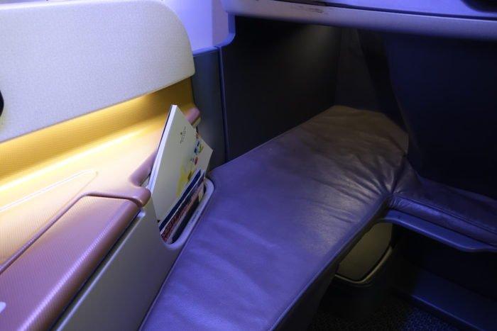 Singapore-777-Business-Class - 8