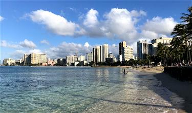 """Oy: Traveler Enters Hawaii With Fake """"Maderna"""" Vaccine Card"""