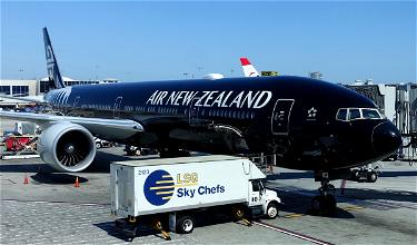 """Air New Zealand Adds """"No Jab, No Fly"""" Policy"""