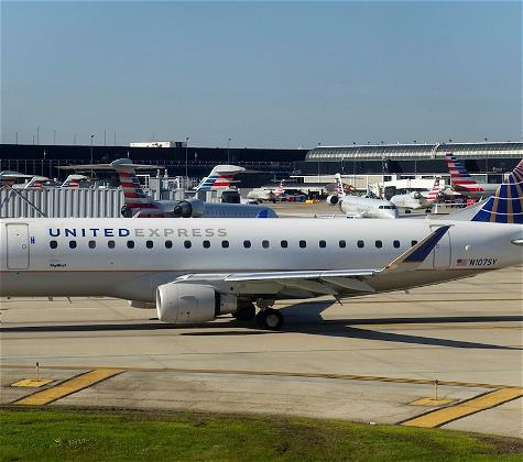 United Airlines Ends Paine Field Flights