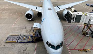 Airlines Suspend Hong Kong Flights Over New Coronavirus Tests For Crews