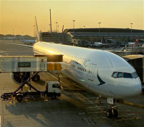 Cathay Pacific Threatens To Fire Unvaccinated Employees