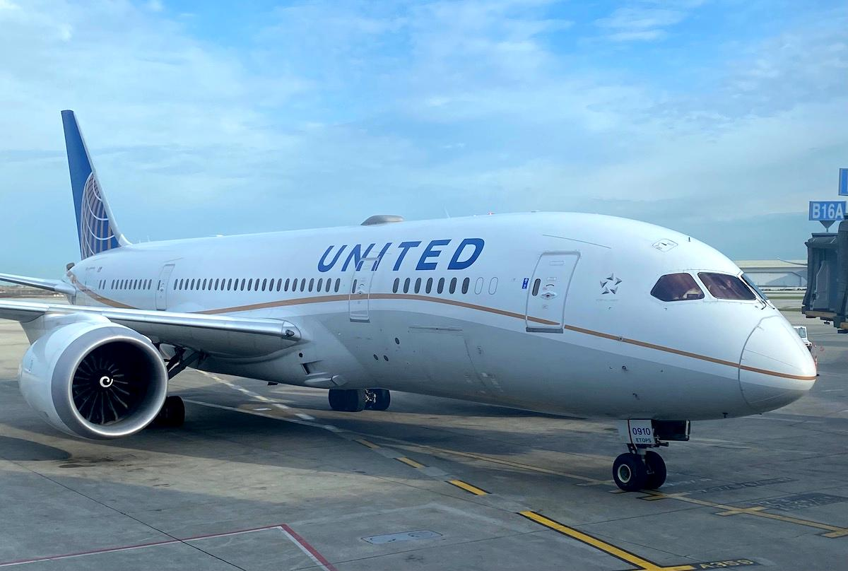 United Airlines Fined $1.9 Million For Tarmac Delays