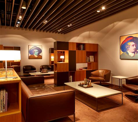 Lufthansa Reopening First Class Lounge, But…