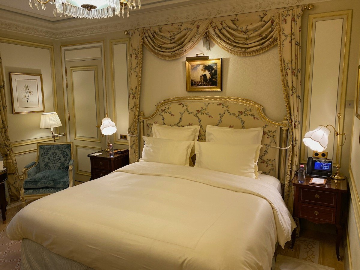 Introduction: Birthday Hotel Hopping In Paris